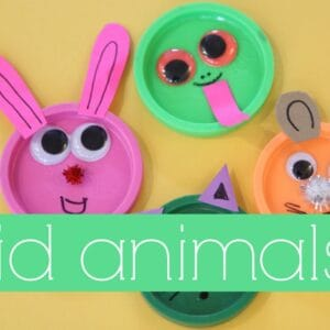 Lid Animals {Mom and Tot Craft Time}