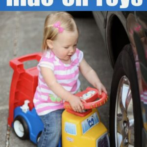 7 Favorite Ride-On Toys for Toddlers {Toddler Approved Holiday Gift Guide}