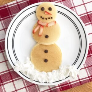 Easy Snowman Pancakes for Toddlers and Preschoolers