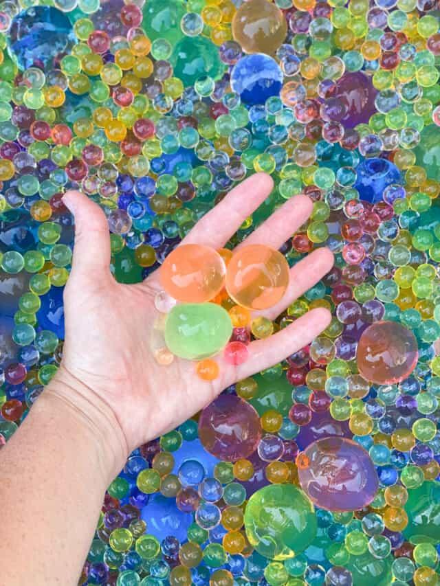 hand holding jumbo water beads