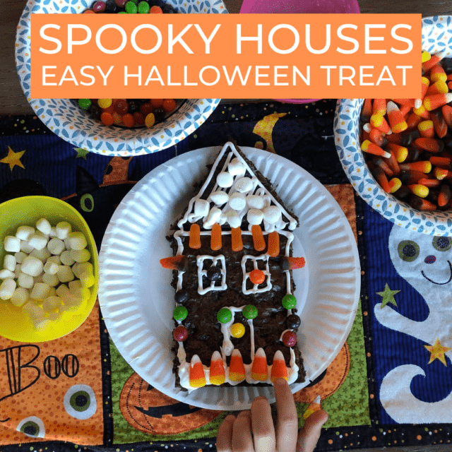 Brownie candy house for Halloween